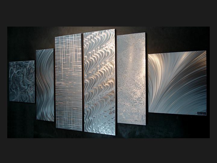 Custom metal art fabrication decor sculptures monuments signs