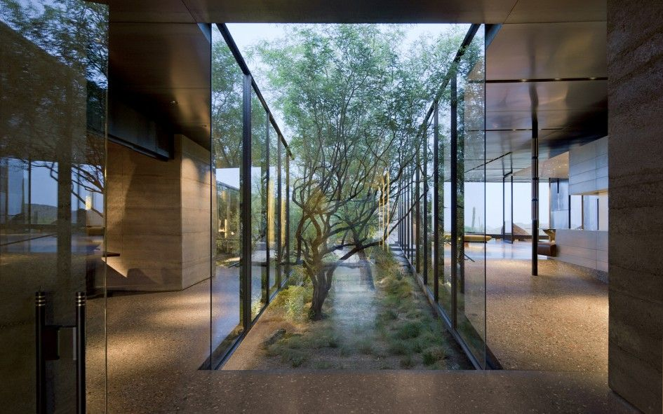 Great Architecture Desert House Design With Transparent Glass Wall And Simple  Garden In The Middle Of The House House Design For House In The Desert Area