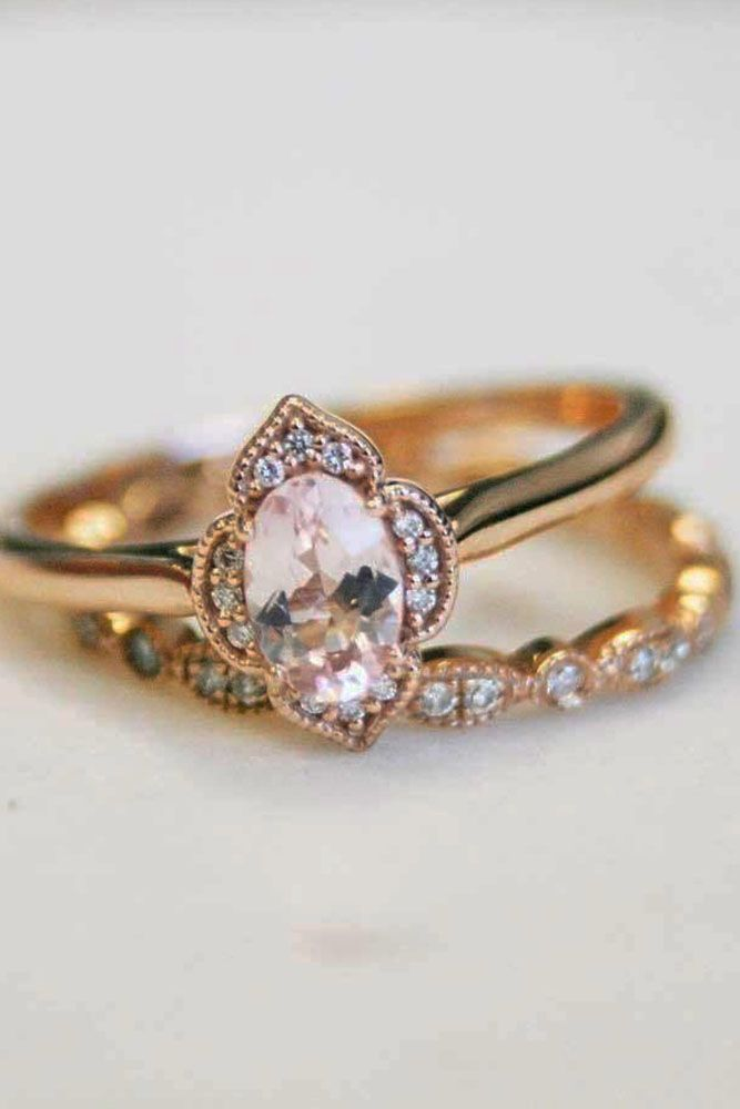 18 Oval Engagement Rings That Every Drems Vintage Rose Gold Ring