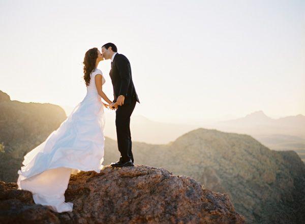 Stunning Couple And View Wow Wedding Photography Inspiration Mountain Wedding Wedding
