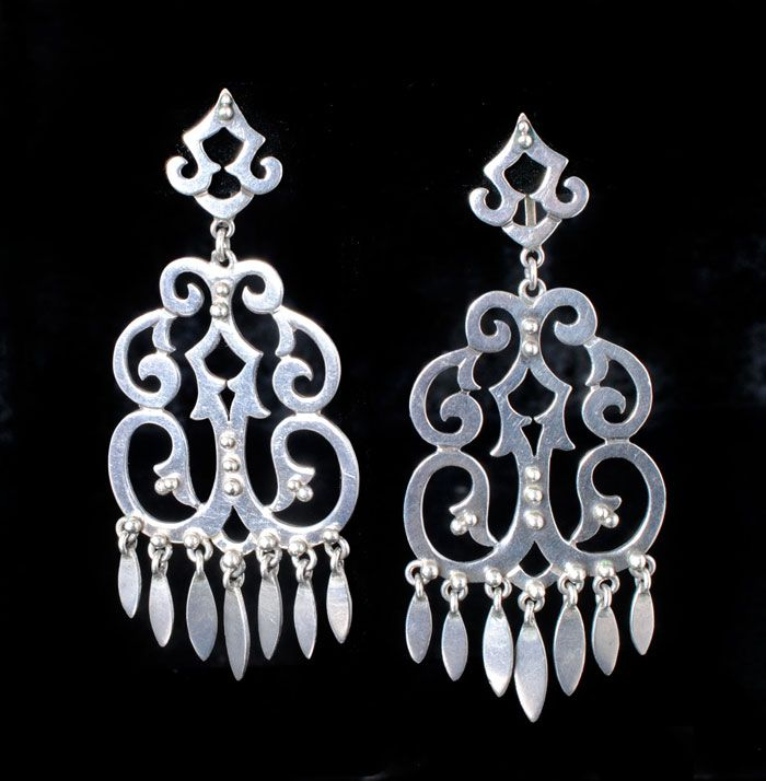 Extra large vintage mexican silver chandelier earrings unsigned extra large vintage mexican silver chandelier earrings unsigned silver mexicanmodernistetc pinterest silver chandelier chandelier earrings and mozeypictures Images