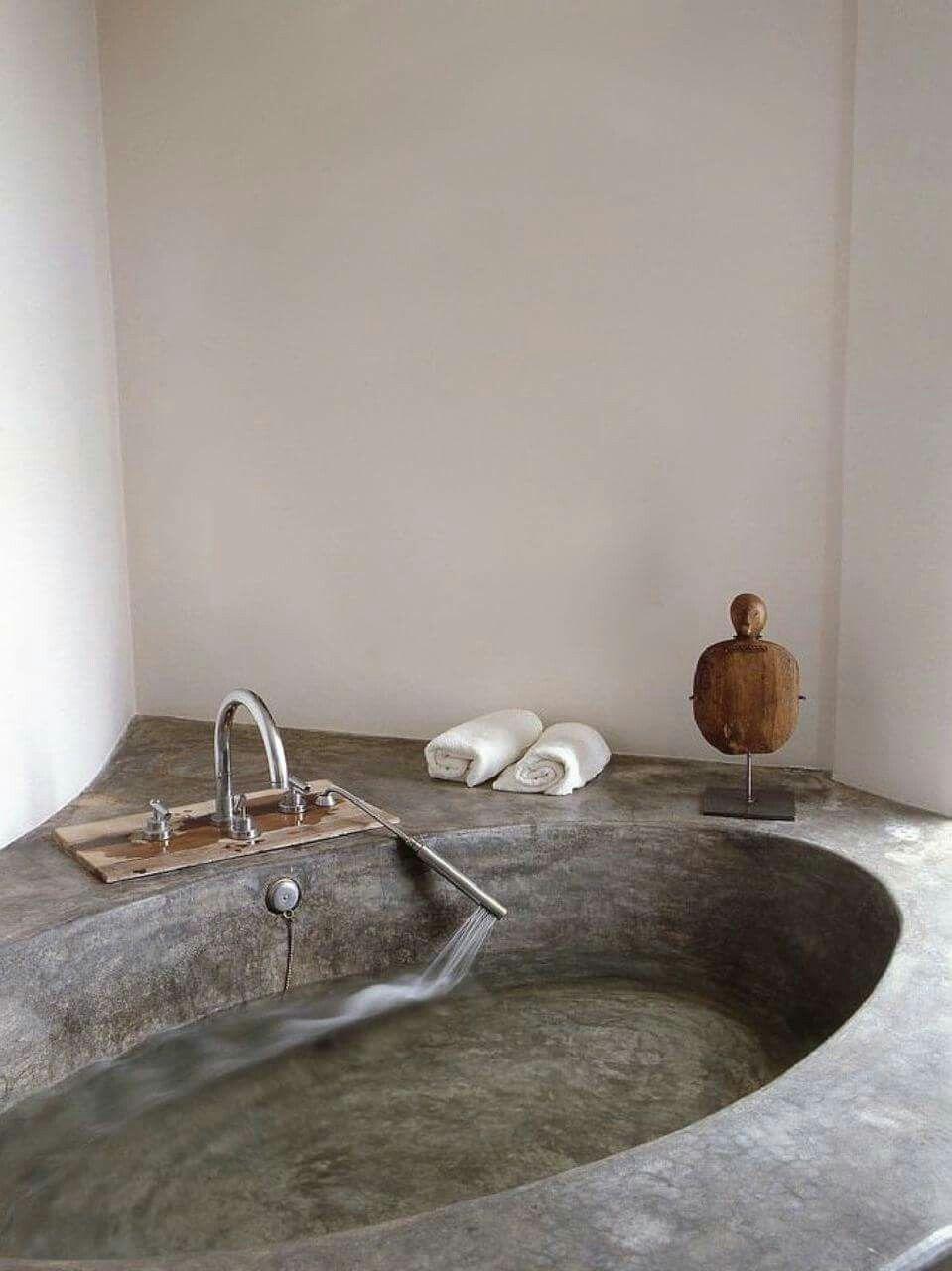 Salle De Bain Leroy Merlin Merignac ~ Dans Une Maison Minimaliste D Ibiza Espagne La Salle De Bain