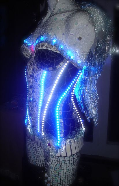 Awesome!  Angel mosaic mannequin with lighting by 04susanna, via Flickr