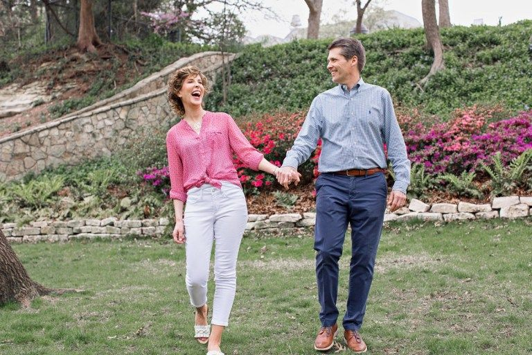 35 Inexpensive Date Ideas for Empty Nesters Dating