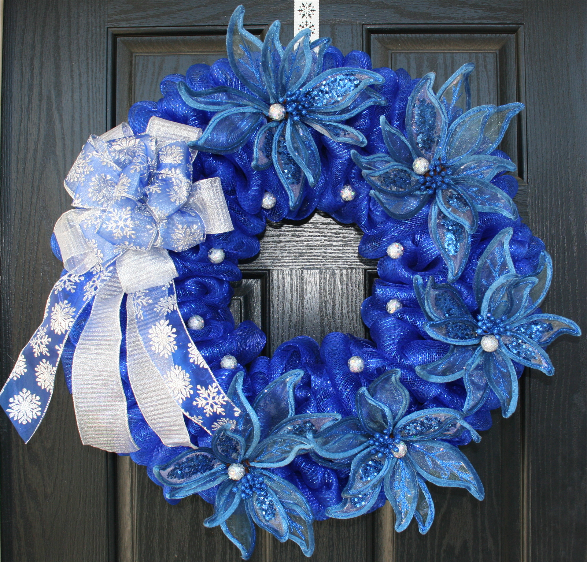 Christmas Wreath Using Royal Blue And Silver Blue And