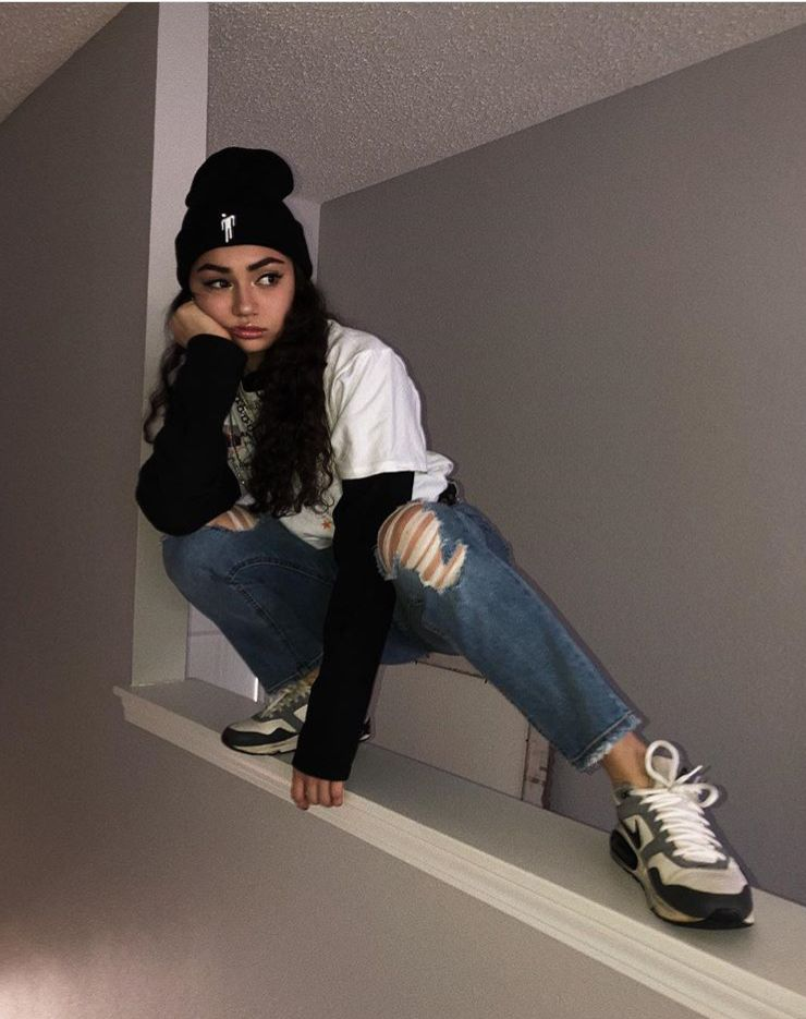 Avani Gregg Skater Girl Outfits Edgy Outfits E Girl Outfits