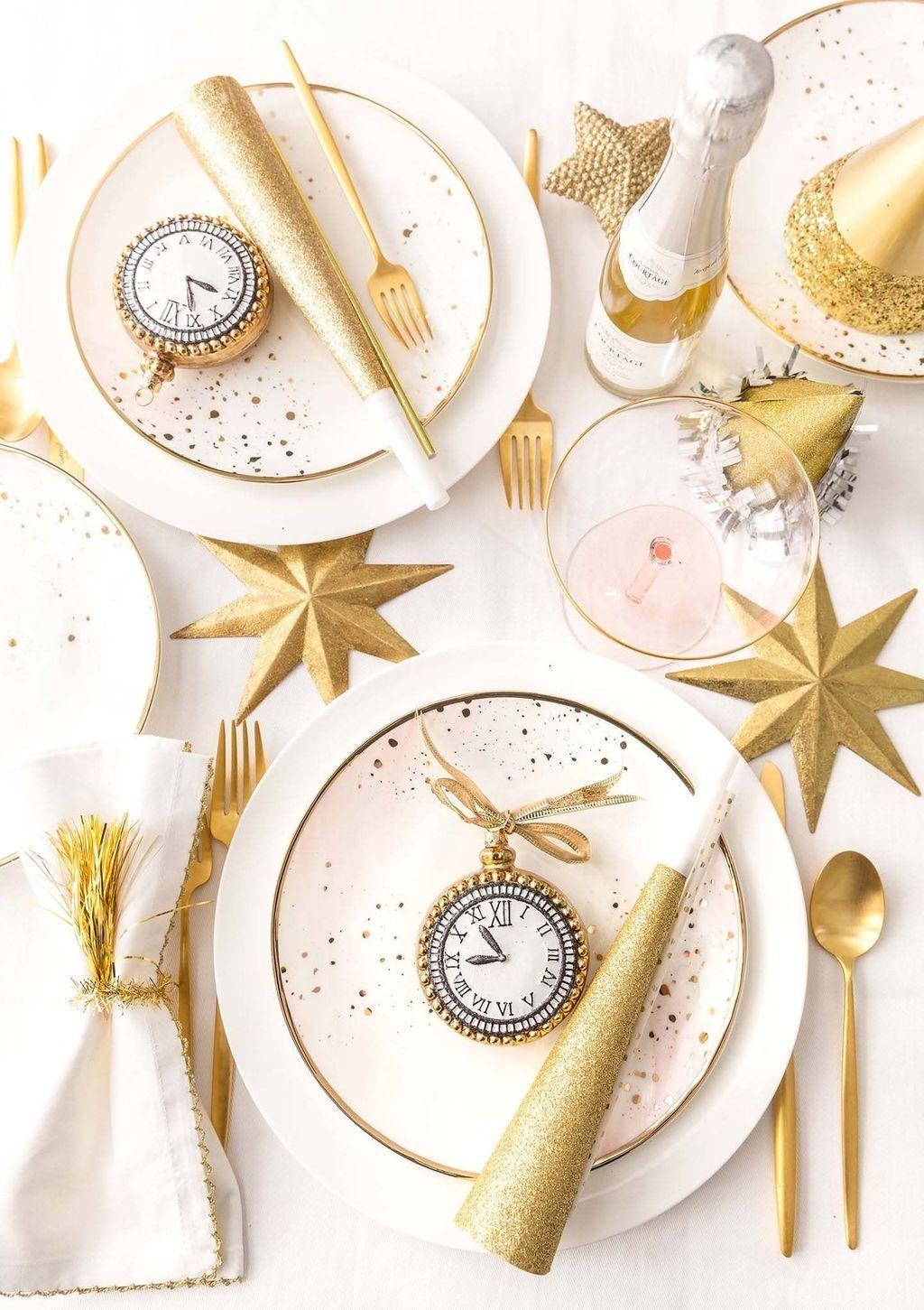 Stylish 30+ Stylish New Years Eve Table Decoration Ideas ...