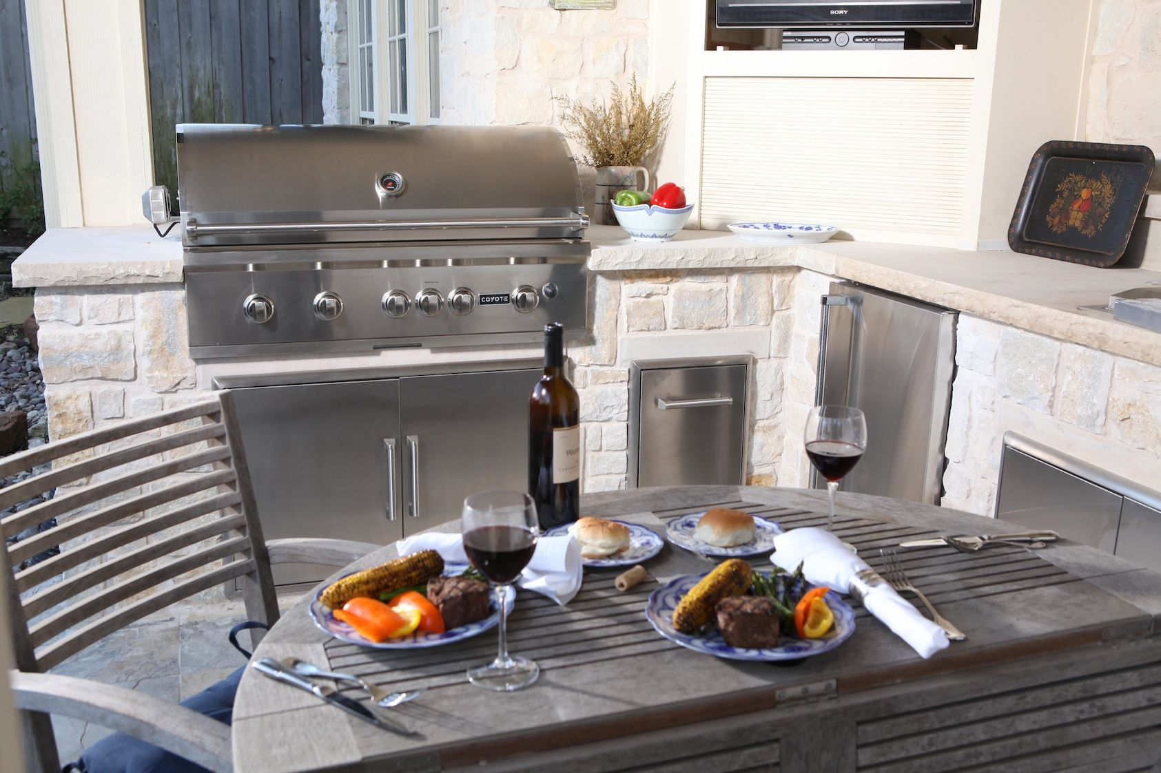 Create the outdoor kitchen of your dreams coyote outdoor