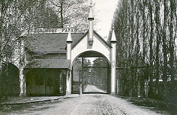 Grimsby Park Gates, 1895