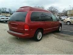 2000 Chrysler Town And Country Starcraft Conversion Van In Cudahy