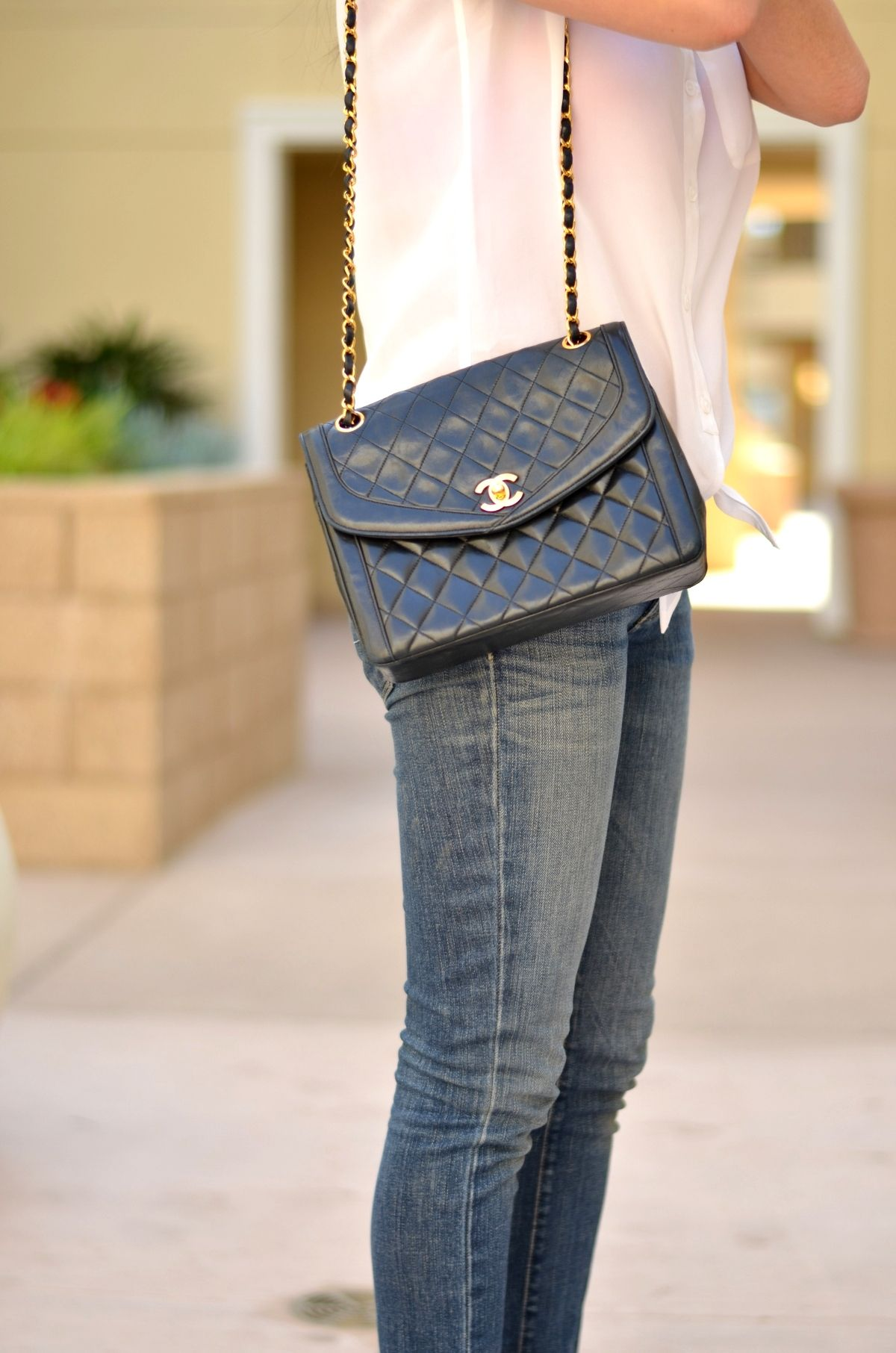 chanel classic black quilted bag with chains (39010-b) - Google ... : vintage chanel quilted shoulder bag - Adamdwight.com