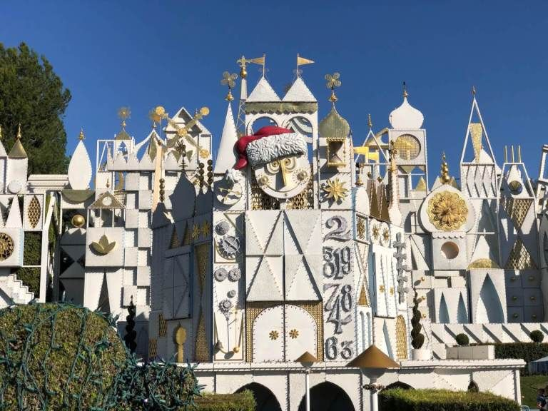 First Look Disneyland Festive Holiday Decorations Holidays At The