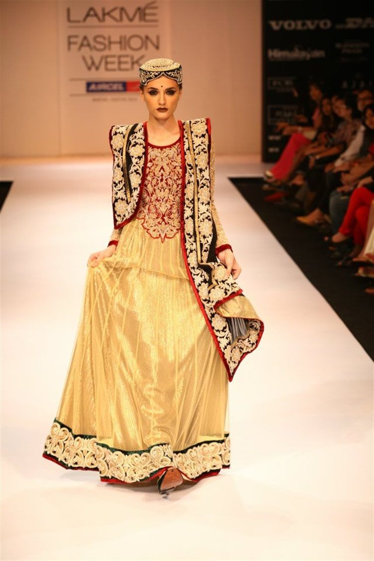 To acquire Bhumika shyamal lfw winter festive picture trends