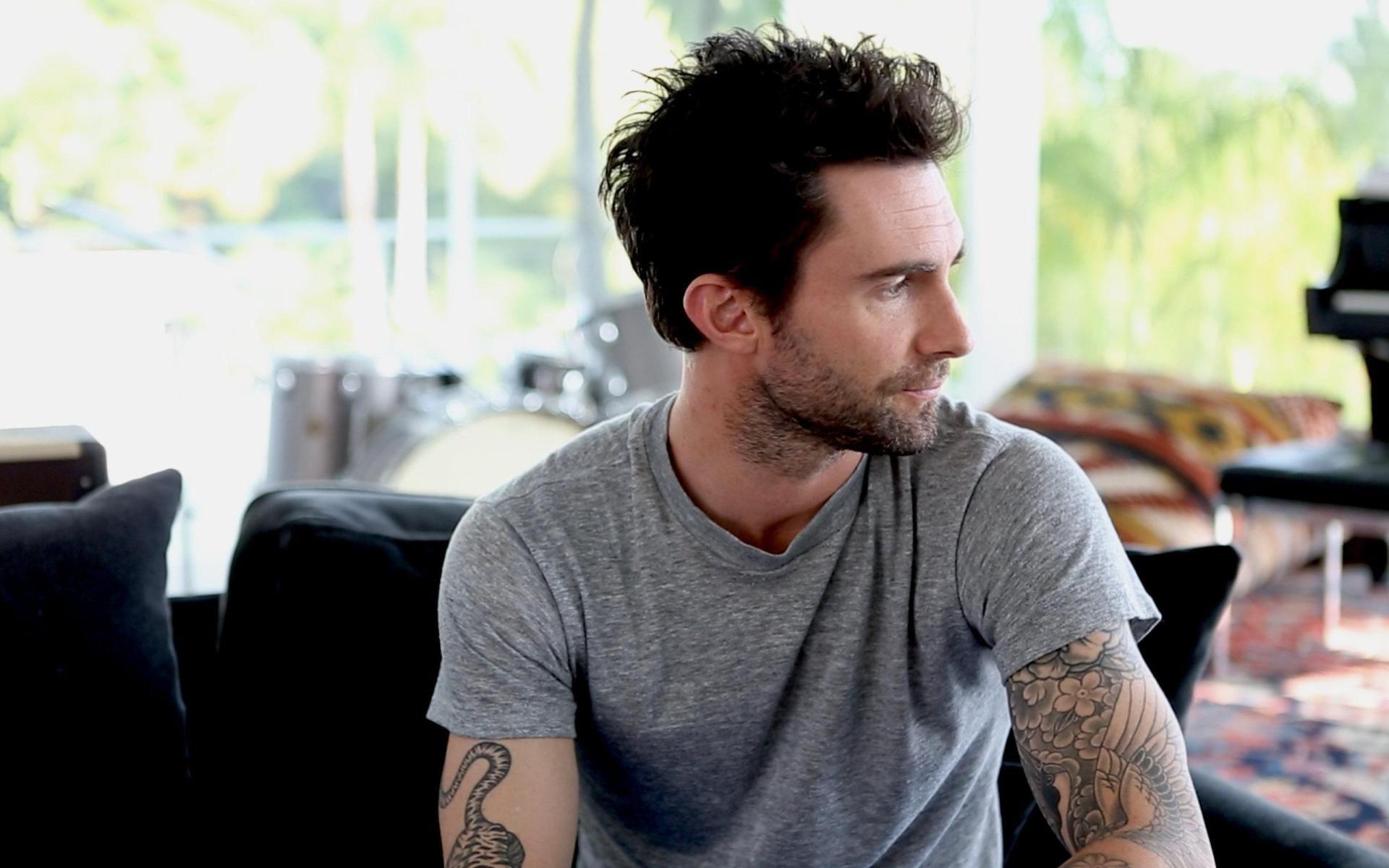 Adam Levine Perfect Celebrities Wallpaper