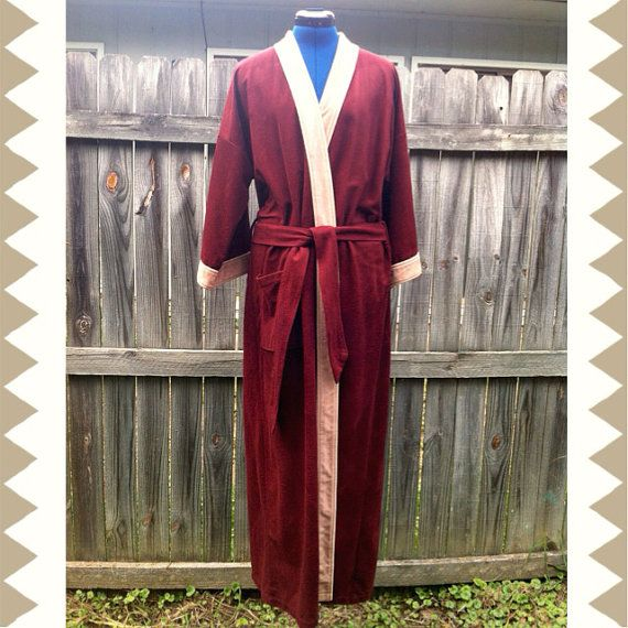 Vintage 70\'s Harcourt Men\'s Robe Burgundy One Size Fits All The Big ...