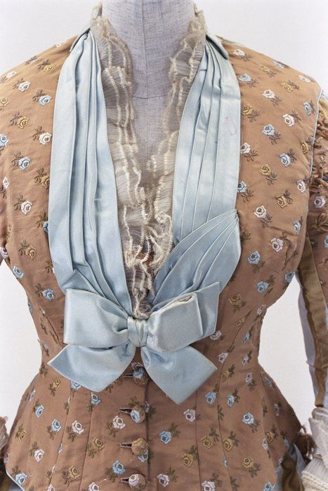(4/5) Dress ca. 1875  From the Bunka Gakuen Costume Museum