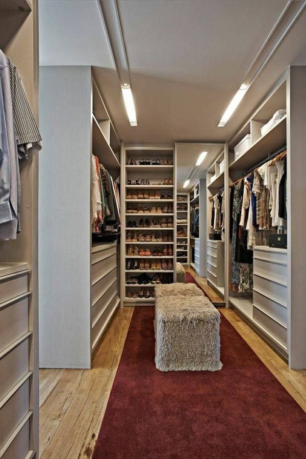 begehbarer kleiderschrank planen 50 ankleidezimmer schick einrichten closet dressing room. Black Bedroom Furniture Sets. Home Design Ideas