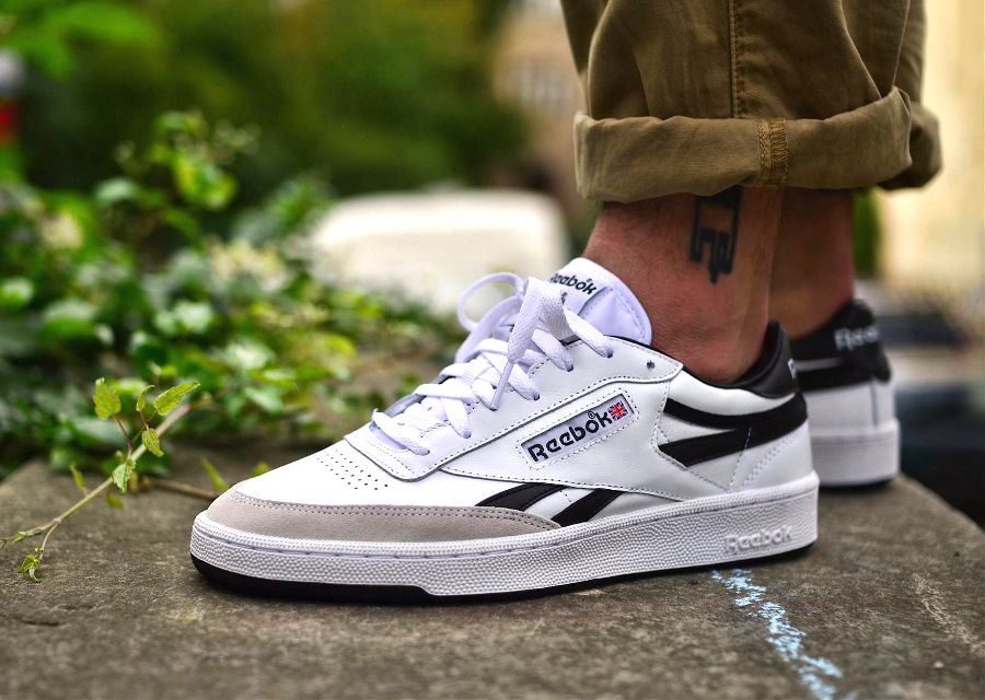 pretty nice d8426 d56a7 Reebok Revenge Plus TRC  White Black