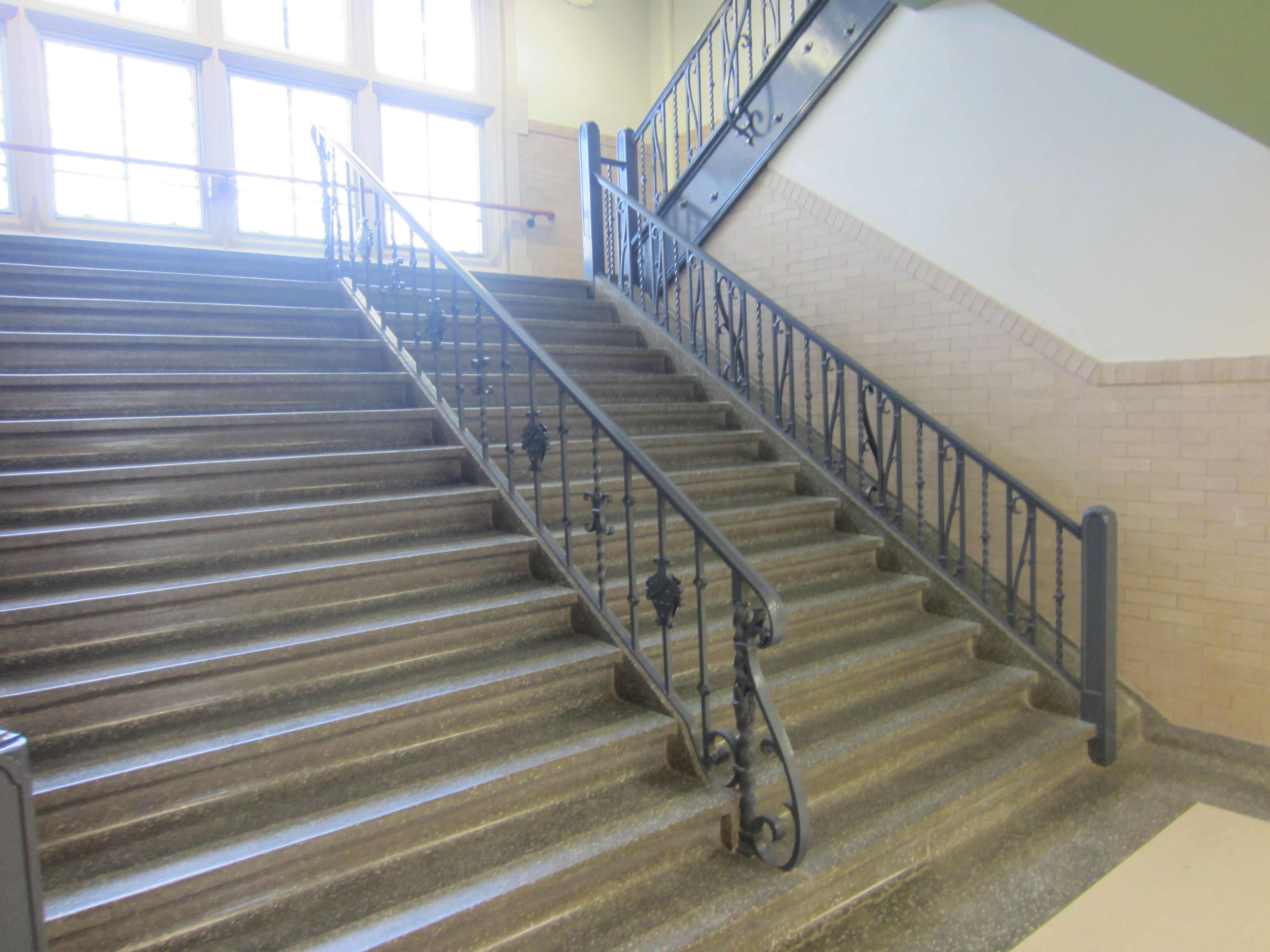 Best School Staircase Google Search School The 400 x 300