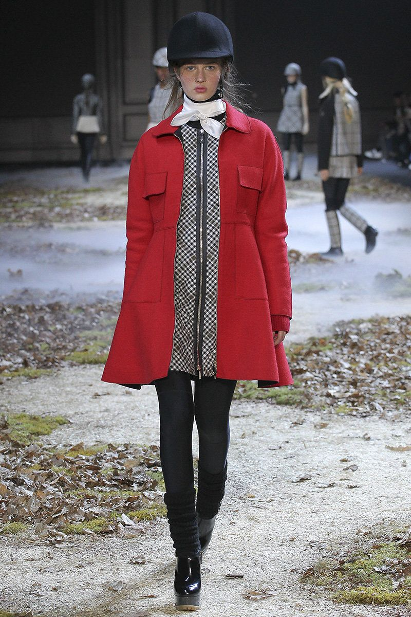Moncler Gamme Rouge Fall 2015 RTW Runway