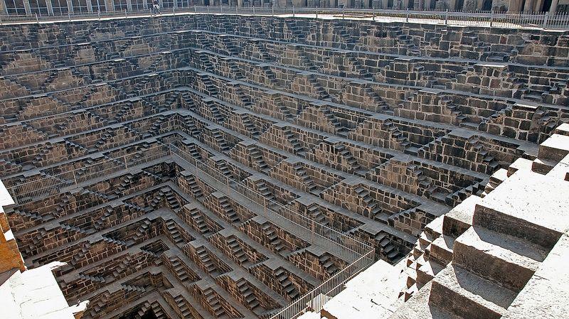 Impressionante: The Famous Chand Baori Stepwell in India