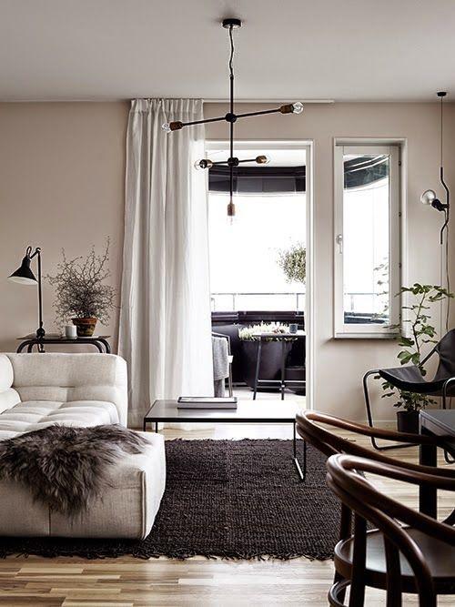 D co contrast e de tons naturels et noirs d coration salon beige decoration salon et d co salon - Salon beige et noir ...