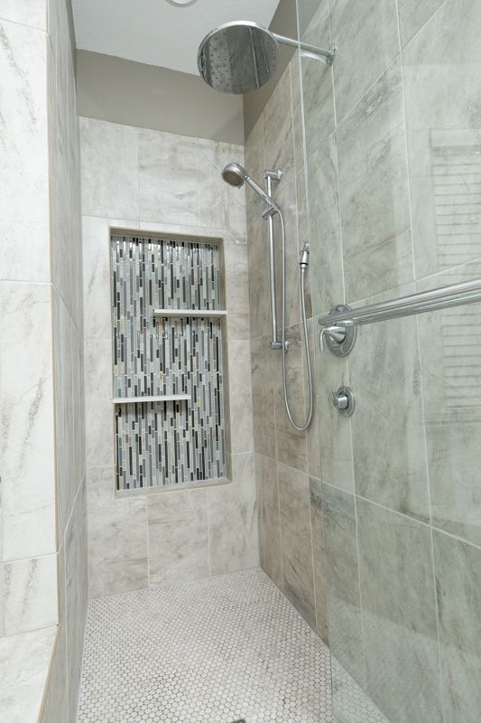 New Shower With Vertical Glass In Shampoo Niche Shower