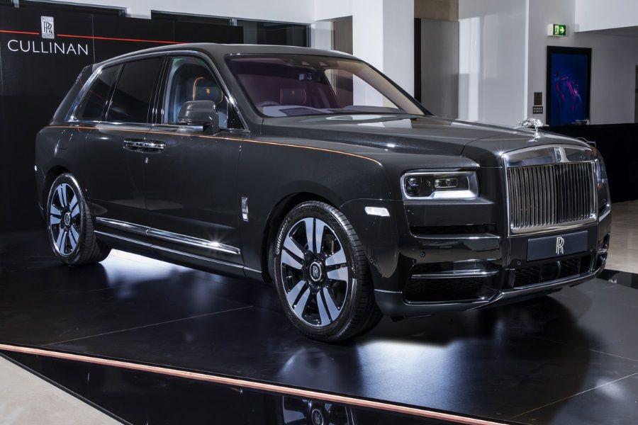 Rolls Royce Cullinan Makes It S Australian Debut Rolls