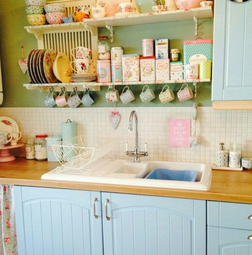 kitchen vintage colourful cosy cottage pastel cottage homey rh pinterest com