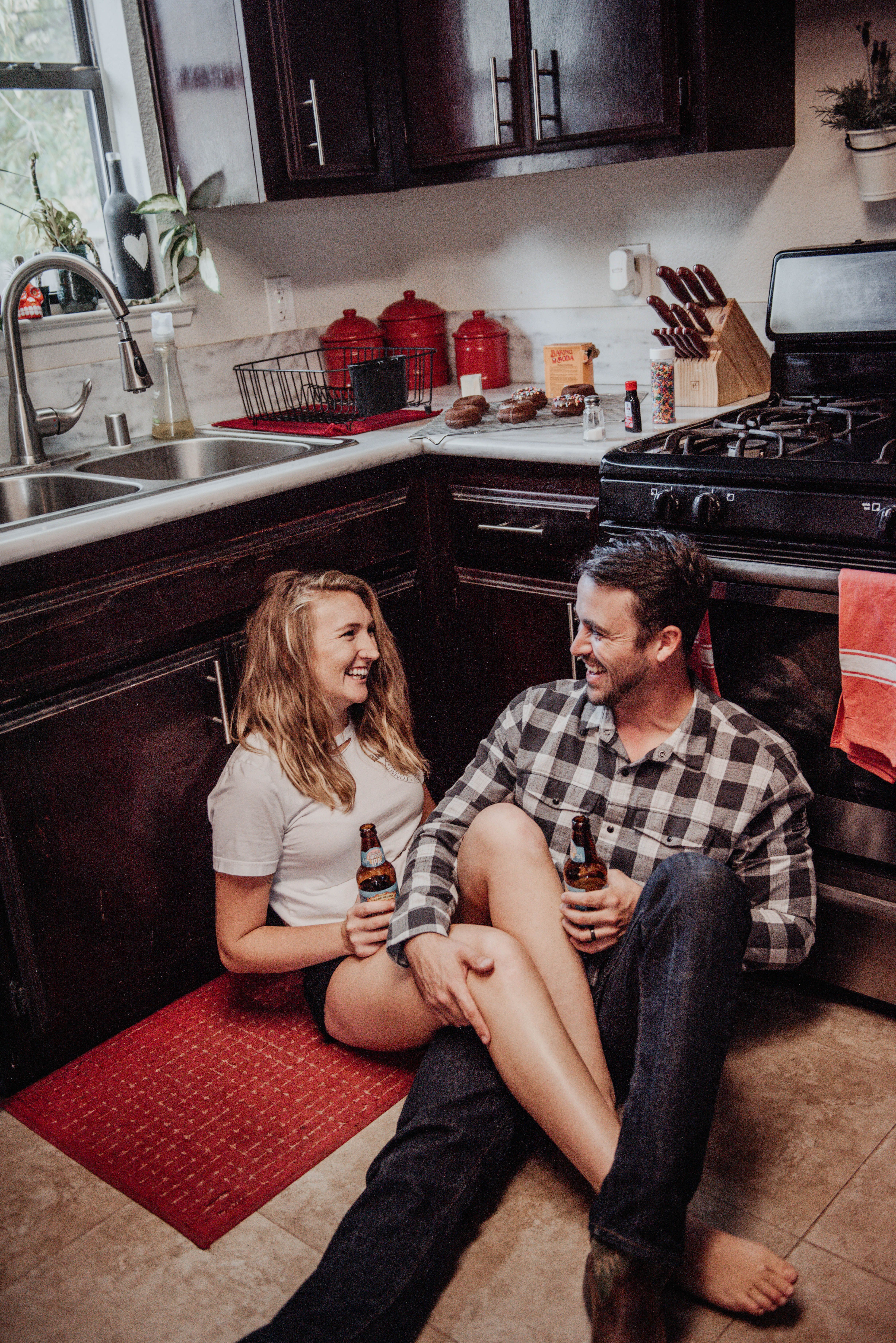 In home Couples Photos / Donuts and beer photoshoot