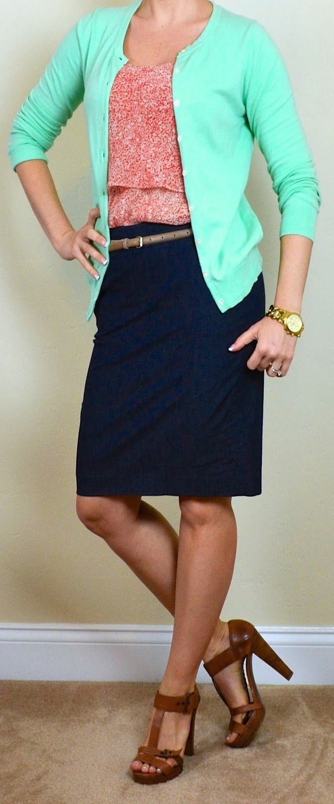 Outfit Posts: (outfits 26-30) one suitcase: business casual capsule wardrobe | 1000