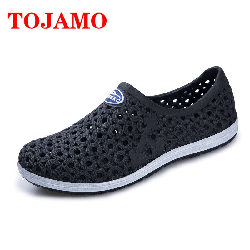 8f6f7690b7e8 TOJAMO Men Sandals 2018 Summer Men Shoes Jelly Shoes Hollow Sandals Fashion  Slippers Outdoor Light Beach Sandalias Flip Flop