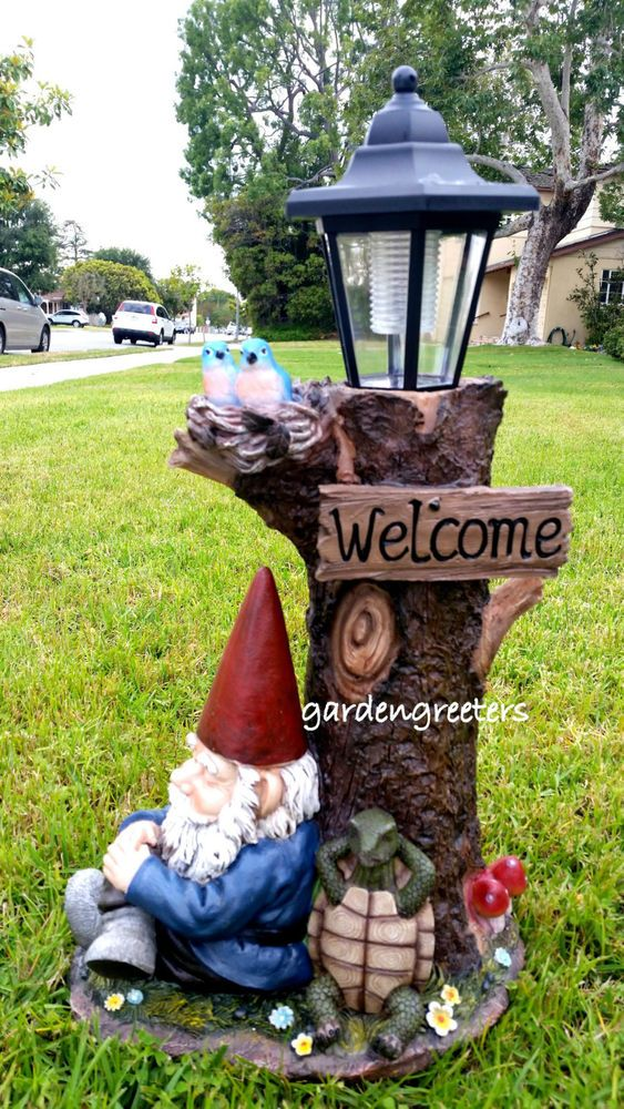 Details about GNOME WITH SOLAR LIGHT STATUE SOLAR