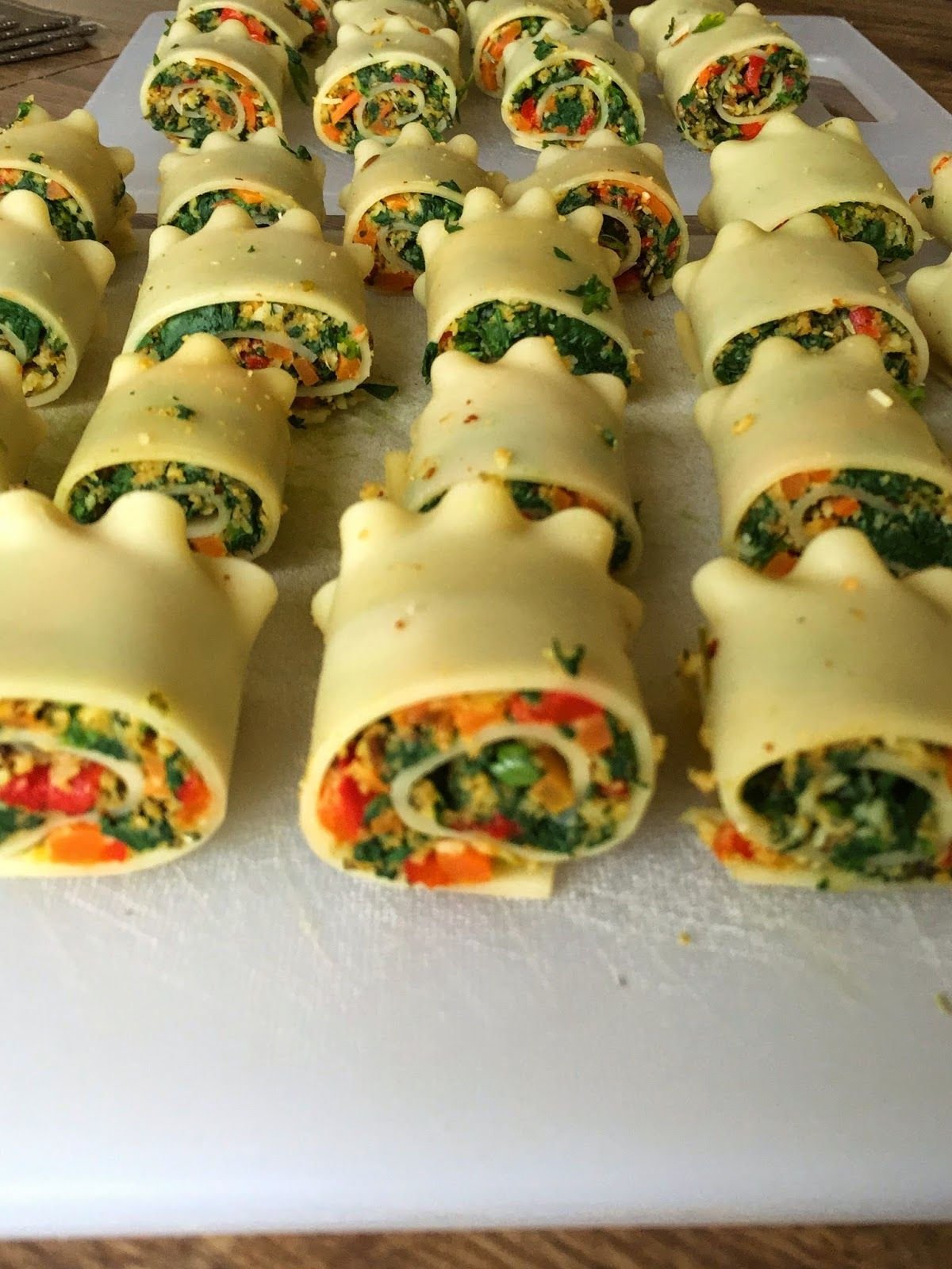 Jain tadka mini spinach corn roll ups lasagna vegetarian delicacy jain tadka mini spinach corn roll ups lasagna forumfinder Images
