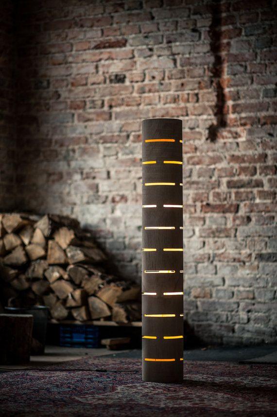 diese stehlampe gibt raum warmes licht einfach perfekt f r fernsehen oder geben eine. Black Bedroom Furniture Sets. Home Design Ideas