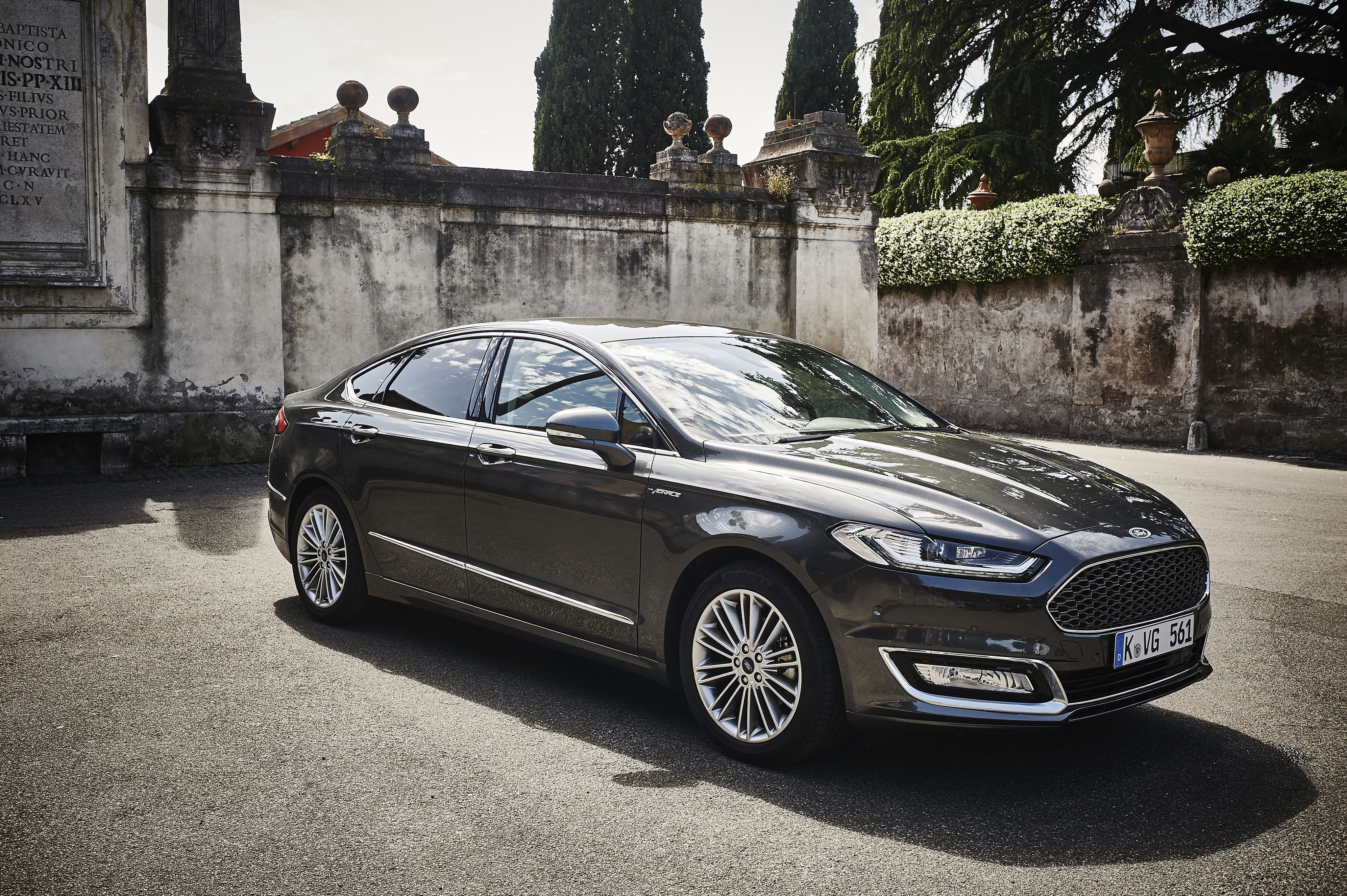 2016 ford mondeo vignale ford ford ford mondeo cars. Black Bedroom Furniture Sets. Home Design Ideas