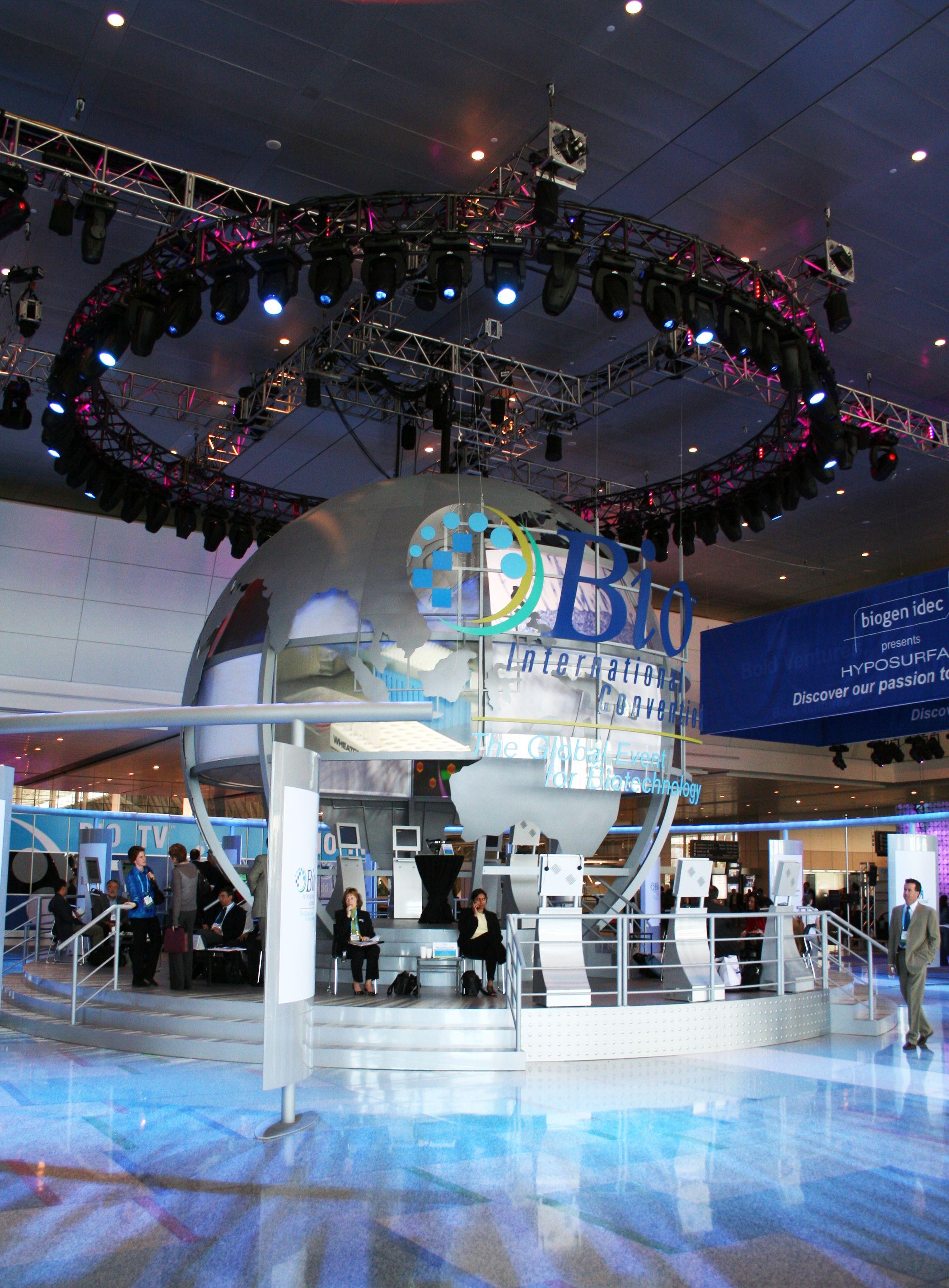 Trade Show & Event Solutions At Super Color Digital