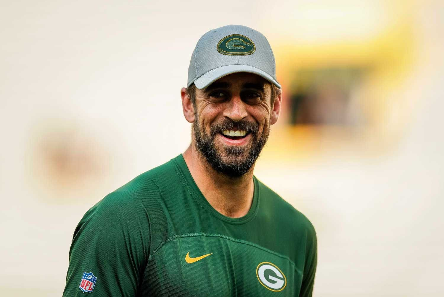 Pin By Zoe Sparks On Green Bay Packers Aaron Rogers Rodgers Packers Aaron Rodgers