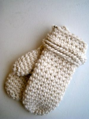 Finally, a decent crochet mitten pattern   Crochet   Pinterest ...