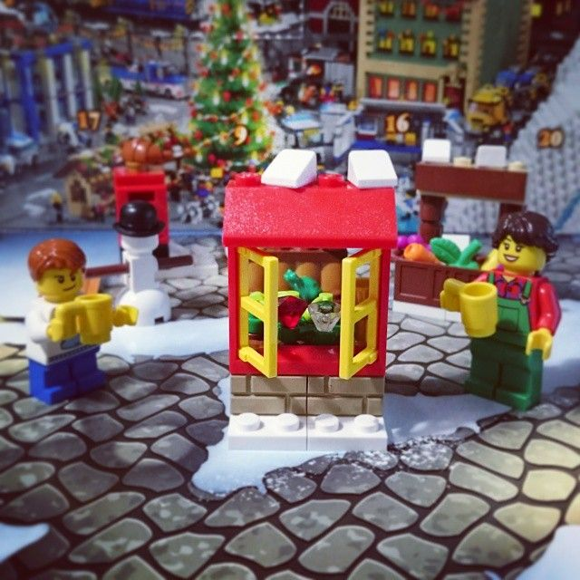 Day 7 - I got a window! Maybe I'll get the rest of the house in the coming days! #lego #advent @alavalenciana @awkwardturtle5