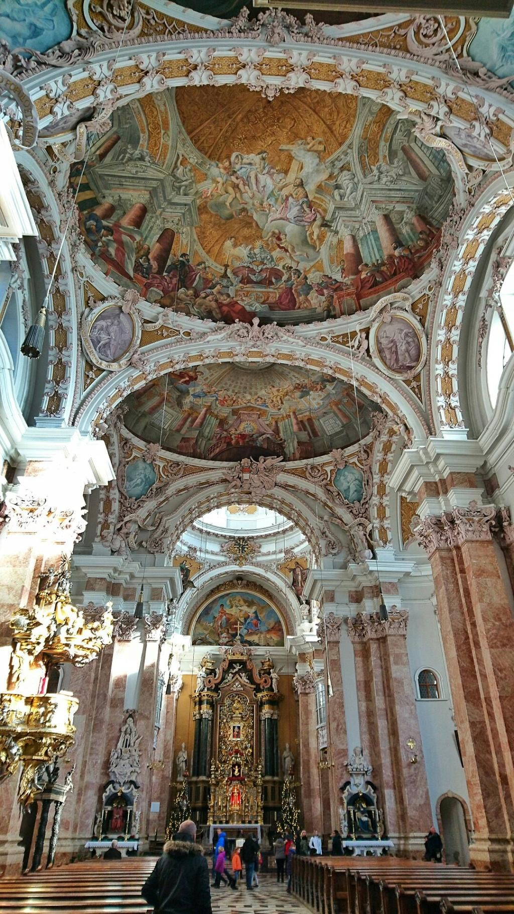 Cathedral of st james dom zu st jakob beautiful for Interior design innsbruck