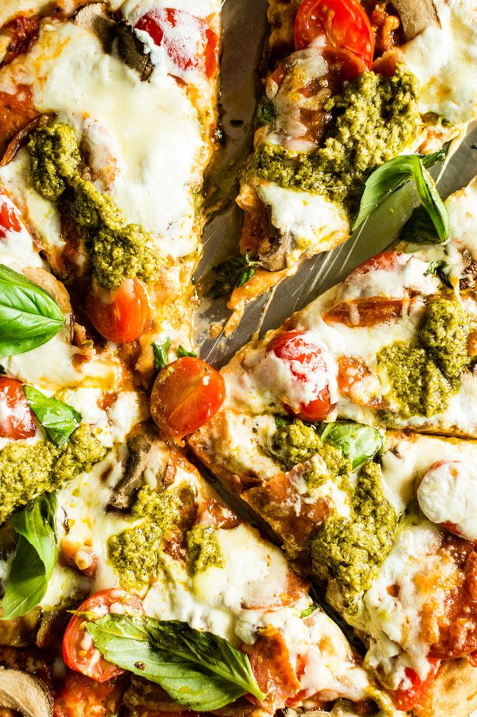 Grilled Bacon Pesto Pizza with fresh Burrata