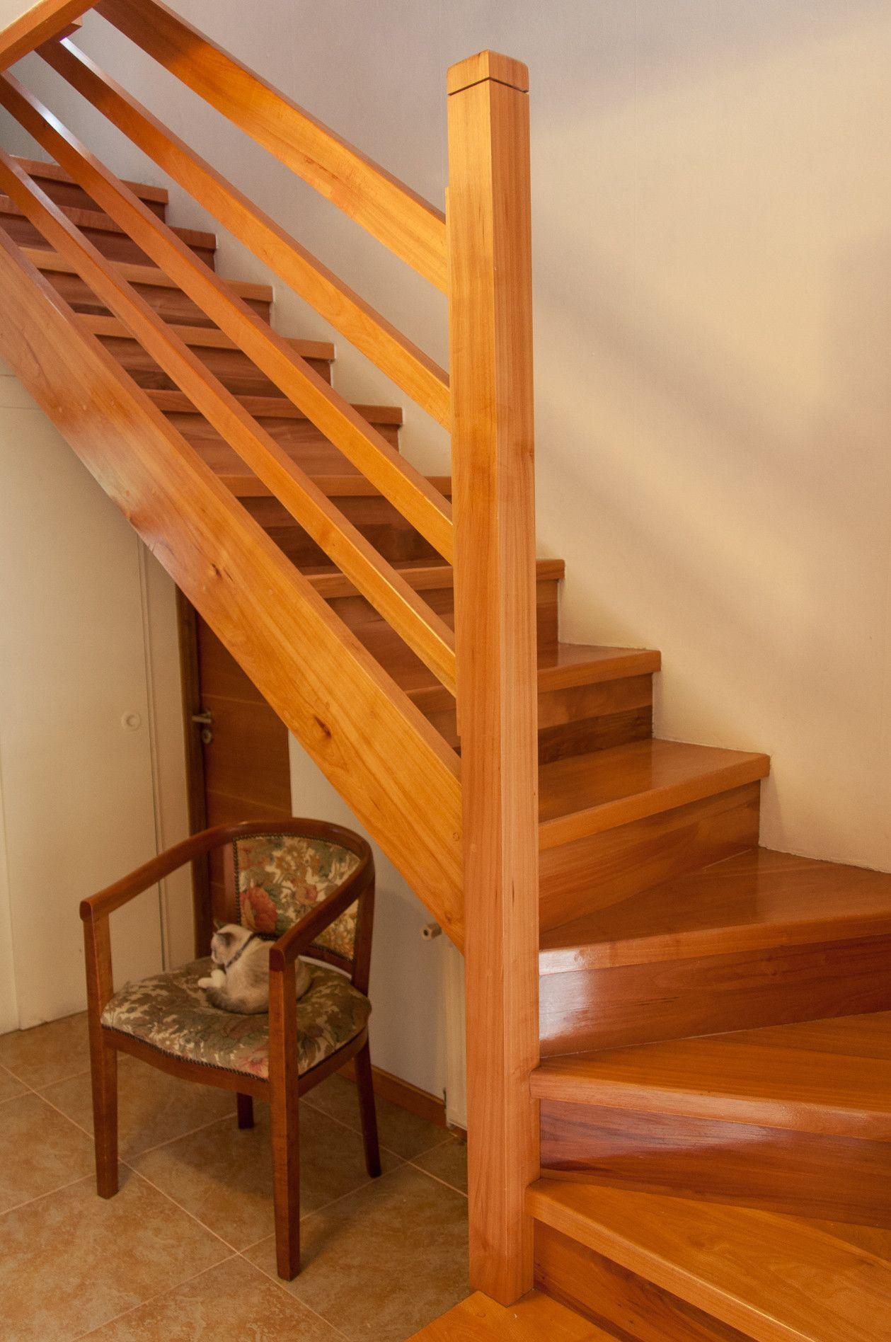 Escaleras L Escaleras De Madera Barandas Y Pasamanos Mis Pasamanos De Madera Para Escaleras Escaleras De Madera Escaleras De Madera Interiores Gradas De Madera
