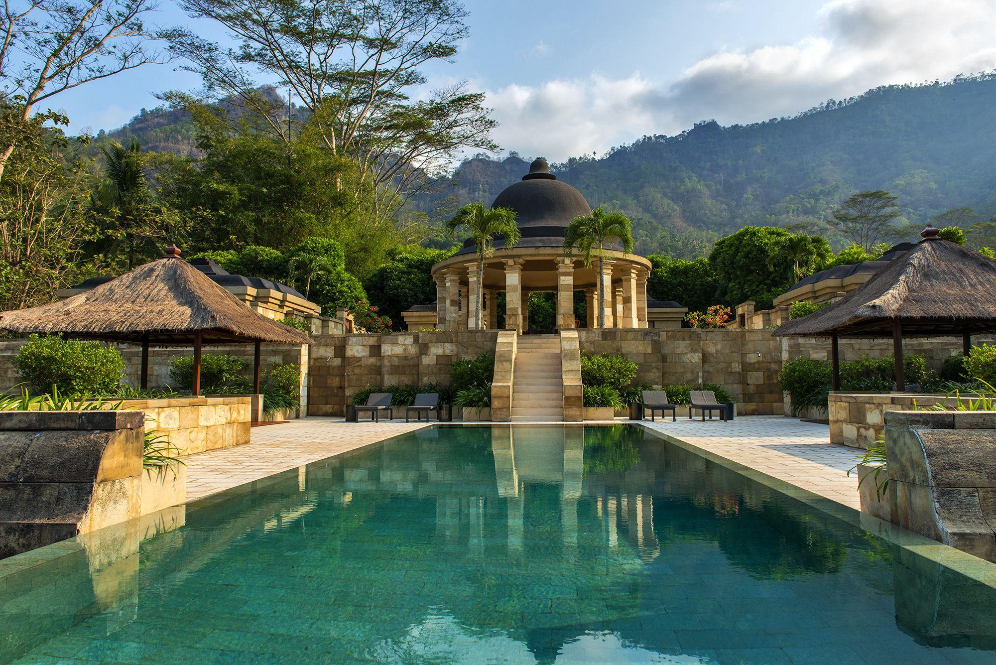 Ed Tuttle Architect Amanjiwo Java Borobudur Indonesia