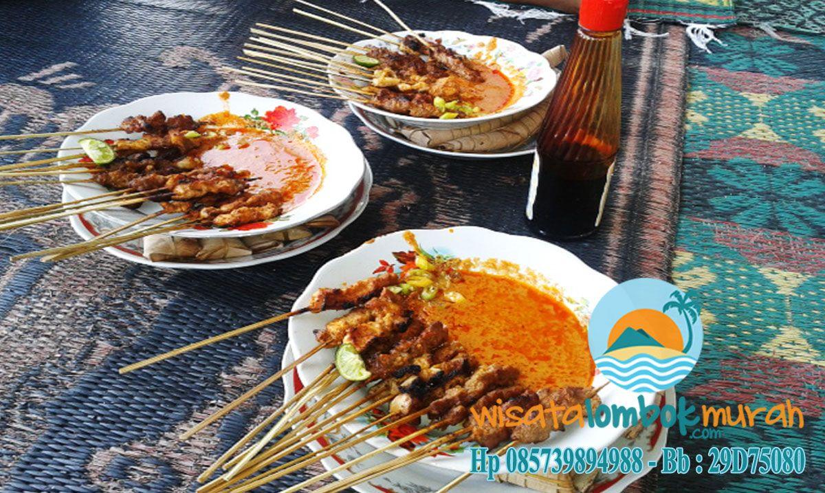 Ini Adalah Makanan Khas Pulau Lombok Sate Bulayak Dan Pelecing Kangkung Rasa Makanan Ini Tidak Jauh Dari Rasa Pedas Karena Makana Masakan Makanan Daging Sapi