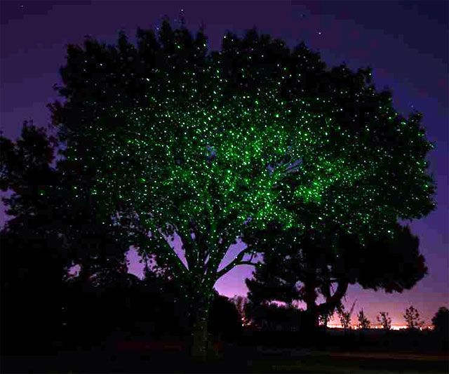 Superb The Illuminator   Instant Light Projector
