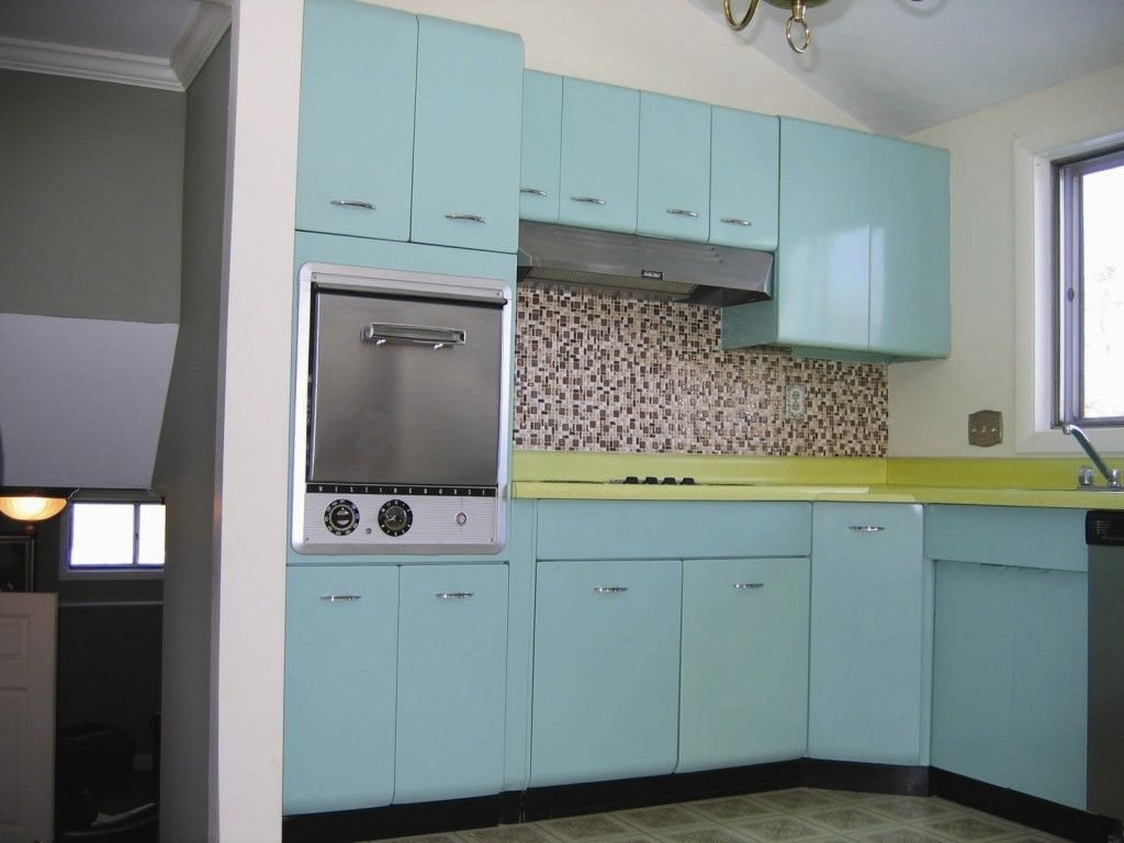 Furniture Appliances Lovely Blue Retro Steel Kitchen Cabinets With Green Countertop And Whi Metal Kitchen Cabinets Steel Kitchen Cabinets Teal Kitchen Walls