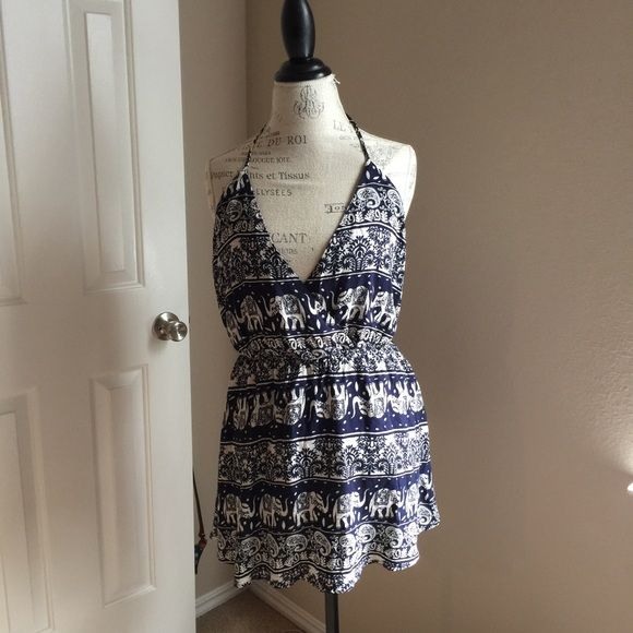 """Tobi """"make your heart stop dress"""" Bought brand new, but it's too short. Would fit a small/medium. 24' length. Tobi Dresses"""