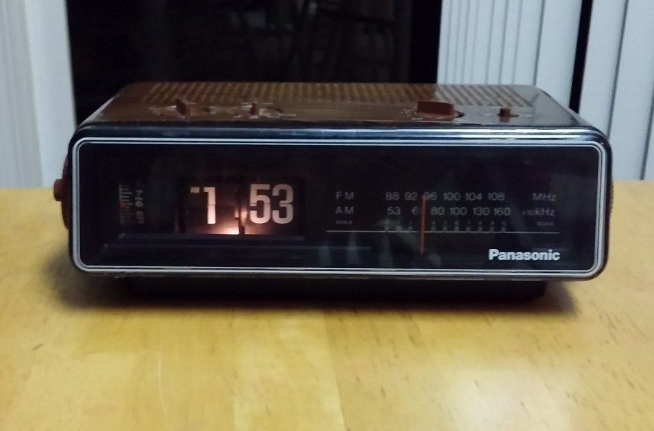 Panasonic Rc 6035 Flip Clock Radio Alarm Works Great Back To The Future Panasonic Clock Flip Clock Clocks For Sale