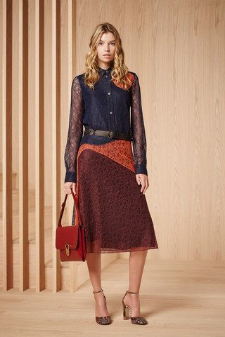 See the complete Tory Burch Pre-Fall 2016 collection.